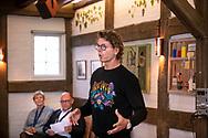 Martin Nielsen fortæller. SMV Aalborg legatuddeling i Håndværkerhuset. Foto: © Michael Bo Rasmussen / Baghuset. Dato: 10.09.20