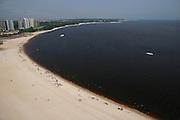 Manaus_AM, Brasil.<br /> <br /> Vista da praia da Ponta Negra as margens do Rio Negro em Manaus, Amazonas.<br /> <br /> The view from the Ponta Negra beach in the Negro River, Amazonas.<br /> <br /> Foto: JOAO MARCOS ROSA / NITRO