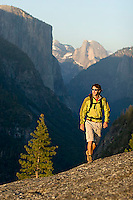 Young man backpacking in Yosemite National Park, CA<br />