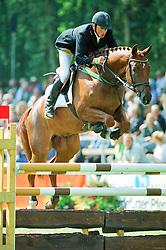 , Warendorf - Bundeschampionate 31.08. - 03.09.2000, Francesco Di Giorgio - Grom, Richard