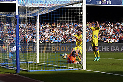 April 8, 2018 - Napoli, Napoli, Italy - Naples - Italy 08/04/2018.ARKADIUSZ MILIK  of S.S.C. NAPOLI scores a goal  during Serie A  match between S.S.C. NAPOLI and CHIEVO VERONA  at Stadio San Paolo of Naples..Final Score S.S.C. NAPOLI - CHIEVO VERONA 2-1  (Credit Image: © Emanuele Sessa/Pacific Press via ZUMA Wire)