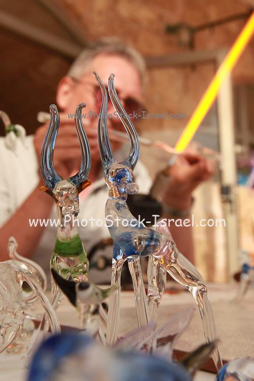 Glass artist displays his craftsmanship