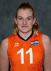 24-12-2019 NED: Photoshoot selection of Orange Youth Girls, Arnhem<br /> Orange Youth Girls 2019 - 2020 / Emily Silderhuis #11