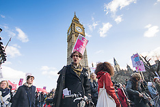 2016-01-30 Protesters march in London against Housing Bill