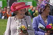 On Queensday, april 30th the Queen attends the celebrations of Queensday in Scheveningen near the Hague.<br /> This is her 25th jubilee.<br /> <br /> Op Koninginnedag, 30 april, is de Koningin  's Middags aanwezig metn en haar familie het koninginnedagfeest mee te vierten in Scheveningen.<br /> <br /> On The photo / On the Photo;<br /> <br /> Queen Beatrix / Koningin Beatrix