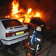 5 auto's in brand door pyromaan Eem Huizen,