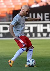 August 5, 2017 - Washington, DC, USA - 20170805 - Toronto FC midfielder MICHAEL BRADLEY (4) warms up before an MLS match against D.C. United at RFK Stadium in Washington. (Credit Image: © Chuck Myers via ZUMA Wire)