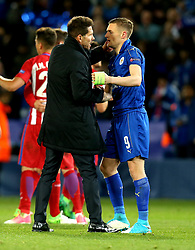 Jamie Vardy of Leicester City and Atletico Madrid manager Diego Simeone shake hands - Mandatory by-line: Robbie Stephenson/JMP - 18/04/2017 - FOOTBALL - King Power Stadium - Leicester, England - Leicester City v Atletico Madrid - UEFA Champions League Quarter-Final Second Leg