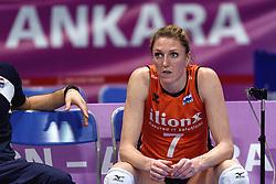 09-01-2016 TUR: European Olympic Qualification Tournament Rusland - Nederland, Ankara<br /> De Nederlandse volleybalsters hebben de finale van het olympisch kwalificatietoernooi tegen Rusland verloren. Oranje boog met 3-1 voor de Europees kampioen (25-21, 22-25, 25-19, 25-20) / Quinta Steenbergen #7