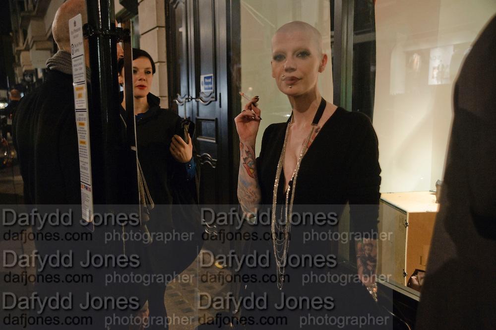 PHILIP STEPHENS; MICHELLE KELLY; POLLY FEY, LANVIN PARTY. Savile Row. London. 11 November 2009.