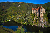 France, Haute-Loire (43), Lavoûte-sur-Loire, château de Lavoûte-Polignac , vallée de la Loire (vue aérienne)<br />  // France, Haute-Loire (43), Lavoûte-sur-Loire, Lavoûte-Polignac castle, Loire valley (aerial view)