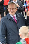 Koninginnedag 2010 . De Koninklijke familie in het zeeuwse Wemeldinge. / Queensday 2010. The Royal Family in Wemeldinge<br /> <br /> op de foto / on the photo :  Pieter van Vollenhoven