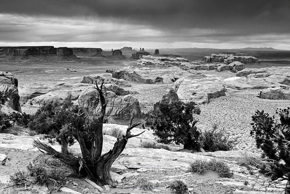 Monument Valley from Hunt's Mesa
