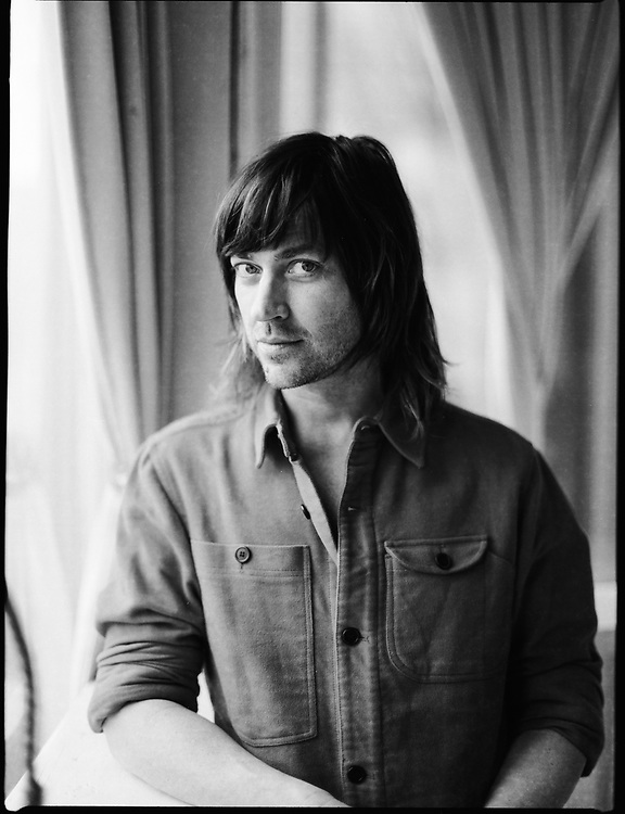 Rhett Miller at the Elvis Room in Portland, OR in January 2020. Photo by Jason Quigley.