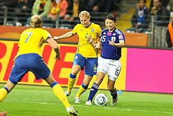 13.07.2011, Commerzbank Arena, Frankfurt, GER, FIFA Women Worldcup 2011, Halbfinale,  Japan (JPN) vs. Schweden (SWE), im Bild.Annica Svensson (Schweden) (L) gegen Aya Sameshima (Japan).. // during the FIFA Women´s Worldcup 2011, Semifinal, Japan vs Sweden on 2011/07/13, Commerzbank Arena, Frankfurt, Germany.   EXPA Pictures © 2011, PhotoCredit: EXPA/ nph/  Mueller       ****** out of GER / CRO  / BEL ******