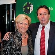 NLD/Scheveningen/20111106 - Premiere musical Wicked, paragnost Peter van der Hurk en partner Mary de Jong