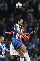 20090415: PORTO, PORTUGAL - FC Porto vs Manchester United: Champions League 2008/2009 Ð Quarter Finals Ð 2nd leg. In picture: Bruno alves, Evra and Ernesto Farias (L). PHOTO: Ricardo Estudante/CITYFILES