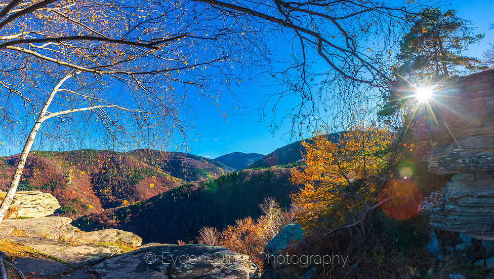 Picturesque view of mountain range in a sunny autumn day
