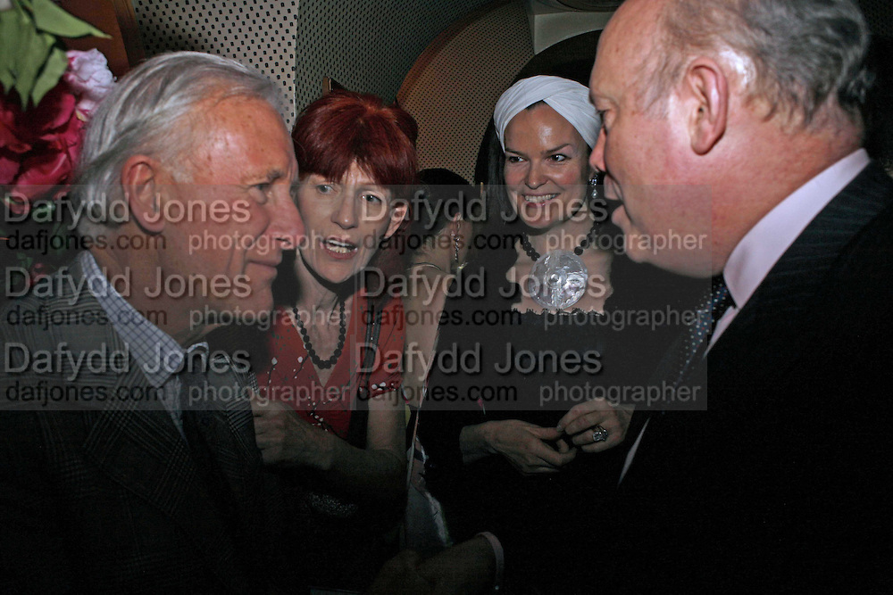 Tim Goad, (+ sister?) Valerie Goad ( Plum's mum) ,Emma Kitchener Fellowes and  Julian Fellowes. Plum Sykes, book launch party, Annabel's, Berkeley Square, London, W1,10 May 2006.  Matthew Williamson, Catherine Vautrin, Laudomia Pucci host party to celebrate 'The Debutante Divorcee'. ONE TIME USE ONLY - DO NOT ARCHIVE  © Copyright Photograph by Dafydd Jones 66 Stockwell Park Rd. London SW9 0DA Tel 020 7733 0108 www.dafjones.com