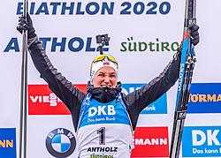 23.02.2020, Suedtirol Arena, Antholz, ITA, IBU Weltmeisterschaften Biathlon, Damen, Massenstart, Siegerehrung, im Bild Weltmeister und Goldmedaillengewinner Marte Olsbu Roeiseland (NOR) // World champion and gold medalist Marte Olsbu Roeiseland of Norway during the winner ceremony of the women's mass start of IBU Biathlon World Championships 2020 at the Suedtirol Arena in Antholz, Italy on 2020/02/23. EXPA Pictures © 2020, PhotoCredit: EXPA/ Stefan Adelsberger