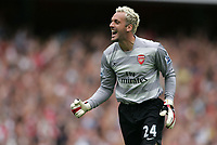 Photo: Lee Earle.<br /> Arsenal v Portsmouth. The FA Barclays Premiership. 02/09/2007.Arsenal keeper Manuel Almunia celebrates after their third goal.
