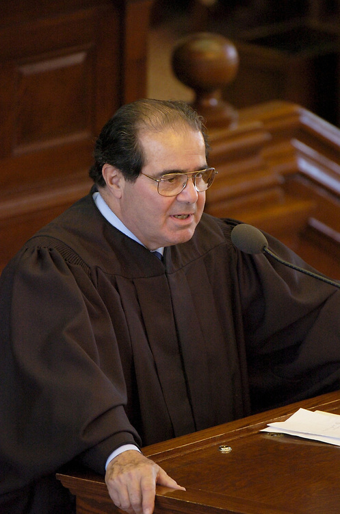 Austin, TX 11NOV04:  Supreme Court Justice Antonin Scalia speaks at the investiture of Texas Chief Justice Wallace Jefferson at the State Capitol.  <br /> ©Bob Daemmrich/