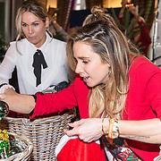 NLD/Amsterdam/20181206 - Sky Radio's Christmas Tree For Charity, Ellen Hoog