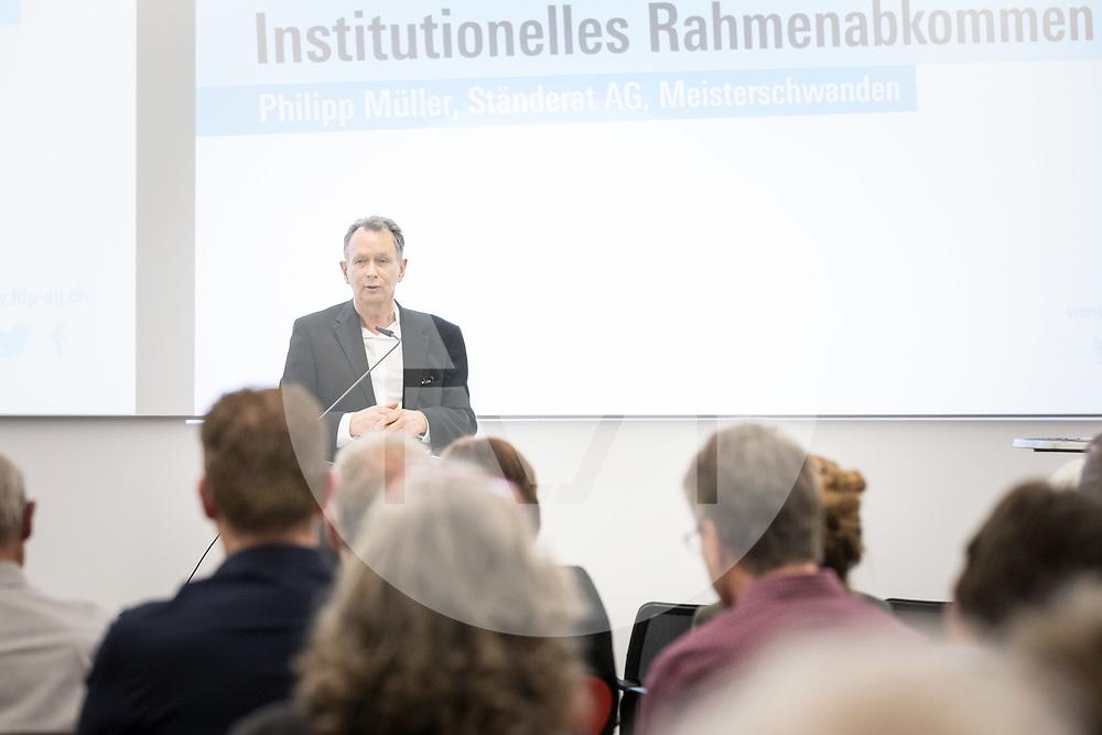 SCHWEIZ - AARBURG - Philipp Müller, Ständerat; spricht über das Institutionelle Rahmenabkommen (InstA) am Parteitag der FDP Aargau bei der Franke AG - 26. März 2019 © Raphael Hünerfauth - http://huenerfauth.ch