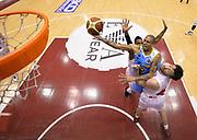 DESCRIZIONE : Milano campionato serie A 2013/14 EA7 Olimpia Milano Vanoli Cremona <br /> GIOCATORE : Jarrius Jackson<br /> CATEGORIA : tiro penetrazione<br /> SQUADRA : Vanoli Cremona<br /> EVENTO : Campionato serie A 2013/14<br /> GARA : EA7 Olimpia Milano Vanoli Cremona<br /> DATA : 26/12/2013<br /> SPORT : Pallacanestro <br /> AUTORE : Agenzia Ciamillo-Castoria/R. Morgano<br /> Galleria : Lega Basket A 2013-2014  <br /> Fotonotizia : Milano campionato serie A 2013/14 EA7 Olimpia Milano Vanoli Cremona<br /> Predefinita :