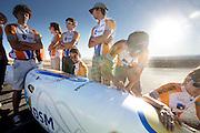 De aerodynamica experst van het Human Power Team comtroleren de VeloX2 op oneffenheden, terwijl de rest wacht tot de fiets de baan op mag. In de buurt van Battle Mountain, Nevada, strijden van 10 tot en met 15 september 2012 verschillende teams om het wereldrecord fietsen tijdens de World Human Powered Speed Challenge. Het huidige record is 133 km/h...The aerodynamics experts of the Human Power Team are checking the VeloX2 on irregularities while the rest is waiting fot the moment the bike can go on the track. Near Battle Mountain, Nevada, several teams are trying to set a new world record cycling at the World Human Powered Speed Challenge from Sept. 10th till Sept. 15th. The current record is 133 km/h.