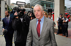 © Licensed to London News Pictures. 20/09/2016. London, UK. Labour MP DENNIS SKINNER arrives at Labour Party headquarters in central London for an NEC meeting where Labour Party shadow cabinet selection is due to be discussed. Labour MPs voted overwhelmingly to bring back Shadow Cabinet elections, a move that will need to be passed before the Labour National Executive Committee before it can be agreed on at conference later this month. Photo credit: Ben Cawthra/LNP