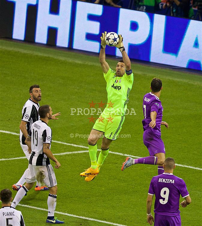 CARDIFF, WALES - Saturday, June 3, 2017: Juventus' goalkeeper Gianluigi Buffon during the UEFA Champions League Final between Juventus FC and Real Madrid CF at the Stadium of Wales. (Pic by David Rawcliffe/Propaganda)