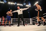 BOXEN: Universum Pioneers, Supermittelgewichtl, Hamburg, 09.11.2019<br /> Toni Kraft (GER, l.) - Leon Bauer (GER)<br /> © Torsten Helmke