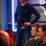 NLD/Hilversum/20171215 - Dick Advocaat te gast bij Voetbal Inside, opnameleider