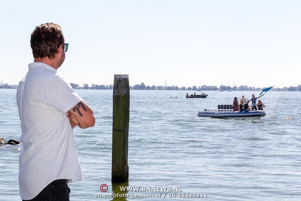 NLD/Muiden/20160825 - Perspresentatie deelnemers Expeditie Robinson 2016, Dennis Weening
