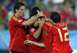 Spanish team after they won in the UEFA EURO 2008 Quarter-Final soccer match between Spain and Italy at Ernst-Happel Stadium, on June 22,2008, in Wien, Austria. Spain won after penalty shots 4:2. (Photo by Vid Ponikvar / Sportal Images)