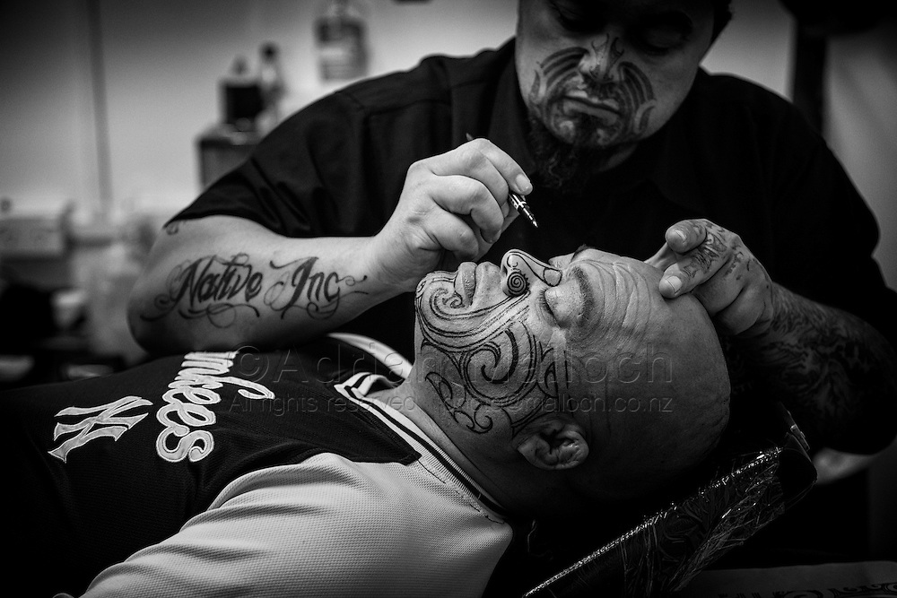 Roger's tā moko tattoo by Dave Hart from Native Ink, Whāngarei, 2012.