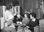 21/03/1955<br /> 03/21/1955<br /> 21 March 1955<br /> <br /> Special for Comhdháil Náisiúnta na Gaeilge - An Club Leabhar - 64,000th Issue