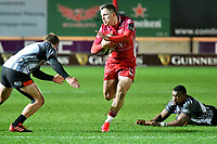 Rugby Ubion_ 2019 / 2020 Guinness Pro14 - Scarlets vs. Southern Kings<br /> <br /> Steff Evans; Llanelly Scarlets breaks to set up a try for  Tom Rogers Llanelly Scarlets, at Parc y Scarlets, Llanelli. <br /> <br /> COLORSPORT/WINSTON BYNORTH