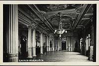 Zagreb : Kazalište. <br /> <br /> ImpresumZagreb : Foto-Material od t. t. Griesbach i Knaus, [1939].<br /> Materijalni opis1 razglednica : tisak ; 9 x 14 cm.<br /> SuradnikGriesbach, Ljudevit<br /> NakladnikFotoveletrgovina Griesbach i Knaus (Zagreb)<br /> Mjesto izdavanjaZagreb<br /> Vrstavizualna građa • razglednice<br /> ZbirkaGrafička zbirka NSK • Zbirka razglednica<br /> Formatimage/jpeg<br /> PredmetZagreb –– Trg Republike Hrvatske<br /> Hrvatsko narodno kazalište (Zagreb)<br /> SignaturaRZG-TMT-27<br /> Obuhvat(vremenski)20. stoljeće<br /> NapomenaRazglednica nije putovala. • Na poleđini razglednice iznad razdjelne linije otisnut je monogram GLZ, vjerojatno Ljudevit Griesbach kao autor fotografije po kojoj nastaje razglednica.<br /> PravaJavno dobro<br /> Identifikatori000953197<br /> NBN.HRNBN: urn:nbn:hr:238:699264 <br /> <br /> Izvor: Digitalne zbirke Nacionalne i sveučilišne knjižnice u Zagrebu