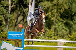 Moerings Bas, NED, Kwik Tweet<br /> Nationaal Kampioenschap KWPN<br /> 5 jarigen springen final<br /> Stal Tops - Valkenswaard 2020<br /> © Hippo Foto - Dirk Caremans<br /> 19/08/2020