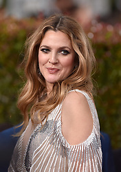 Drew Barrymore attends the 74th Annual Golden Globe Awards at the Beverly Hilton in Beverly Hills, Los Angeles, CA, USA, on January 8, 2017. Photo by Lionel Hahn/ABACAPRESS.COM  | 577377_026 Los Angeles Etats-Unis United States