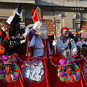 NLD/Amsterdam/20081115 - Intocht Sinterklaas Amsterdam 2008, presentator Harrie Slinger