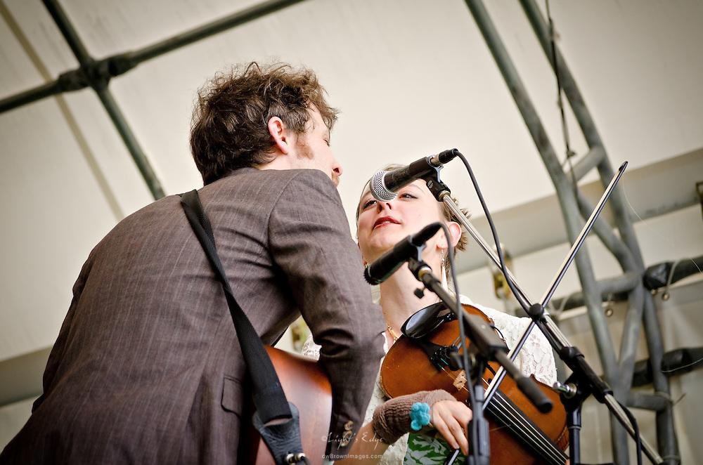 David Wax and Suz Slezak performing at the 2011 Appel Farm Arts & Music Festival in Elmer, NJ