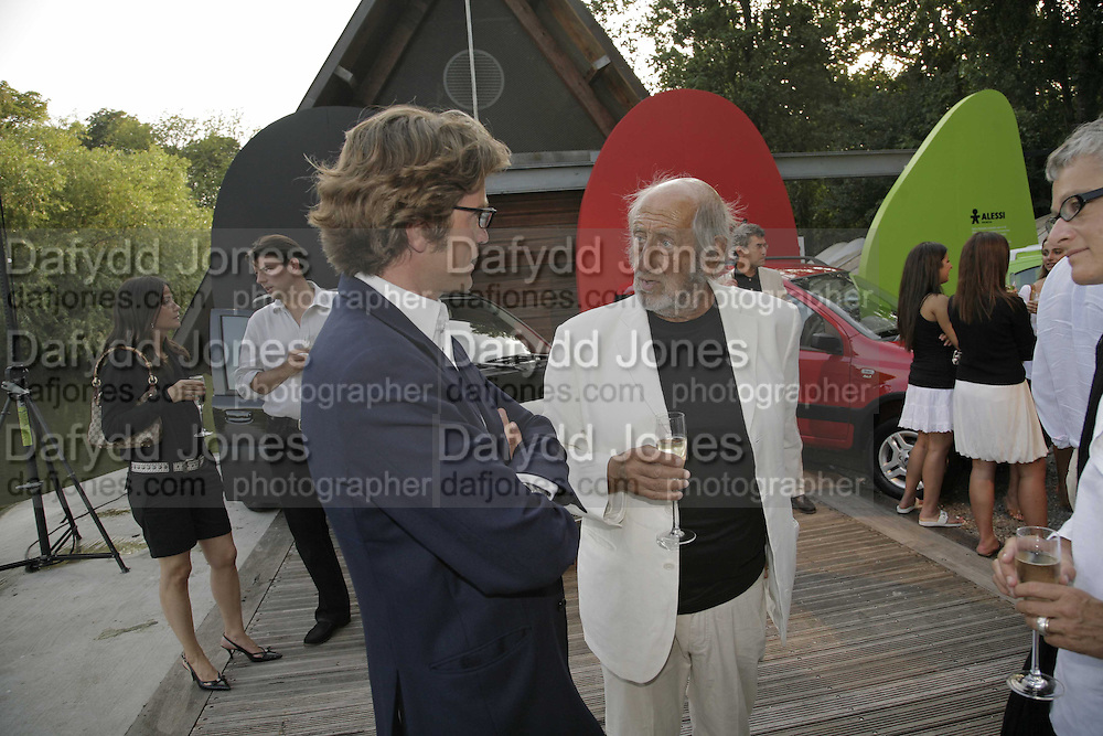 Guilio Salamone and Enzo Apicella. Fiat Pandamonium launch , Stephen Bayley and  Guilio Salamone MD of Fiat launch new amphibious car,  Fiat Amphibia.The Boathouse, Battersea Park Lake, London, 20 July 2006.<br />TIME USE ONLY - DO NOT ARCHIVE  © Copyright Photograph by Dafydd Jones 66 Stockwell Park Rd. London SW9 0DA Tel 020 7733 0108 www.dafjones.com