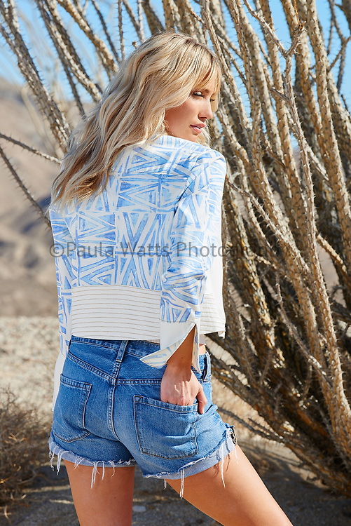 Fashion photography in the dessert of San Diego CA by photographer Paula Watts