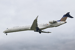 London Heathrow, January 24th 2016 Eurowings Bombardier CRJ900 D-ACNH lands at London Heathrow. ///FOR LICENCING CONTACT: paul@pauldaveycreative.co.uk TEL:+44 (0) 7966 016 296 or +44 (0) 20 8969 6875. ©2016 Paul R Davey. All rights reserved.