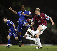 Darren Kenton and Luke Chadwick.<br /> West Ham United v Leicester City. Coca-Cola Championship. Picture by Barry Bland 18/03/05