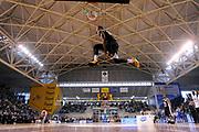 DESCRIZIONE : Ancona Beko All Star Game 2013-14 Beko All Star Team Italia Nazionale Maschile<br /> GIOCATORE : Chris Roberts<br /> CATEGORIA : gara schiacciate dunk contest schiacciata<br /> SQUADRA : All Star Team Italia Nazionale Maschile<br /> EVENTO : All Star Game 2013-14<br /> GARA : Italia All Star Team<br /> DATA : 13/04/2014<br /> SPORT : Pallacanestro<br /> AUTORE : Agenzia Ciamillo-Castoria/C.De Massis<br /> Galleria : FIP Nazionali 2014<br /> Fotonotizia : Ancona Beko All Star Game 2013-14 Beko All Star Team Italia Nazionale Maschile<br /> Predefinita :