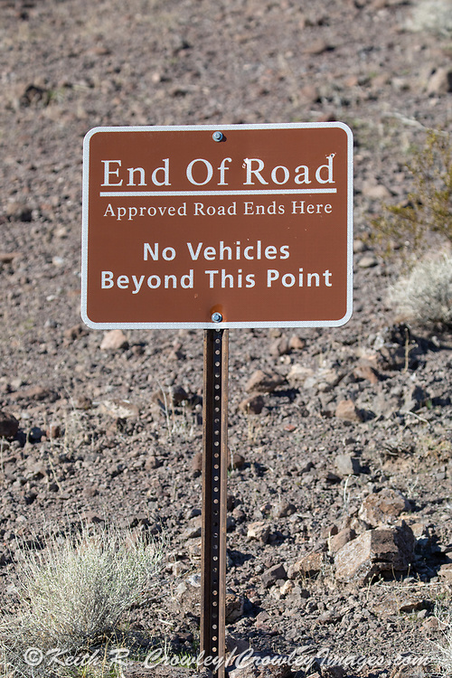 """""""End of Road"""" sign in Arizona"""